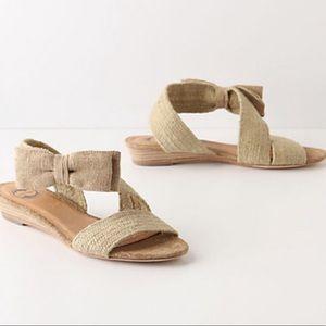 "ANTHROPOLOGIE ""Textured Bowtie"" Tan Sandal - 9"